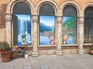 これが今回のメインアート!涼しげな場所でくつろぐダッフィー&シェリーメイ、絵を描くジェラトーニ!
