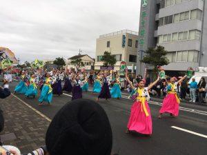 最終演舞一つ前のパレード会場の演舞も大勢の応援でした。本当にお疲れ様でした!